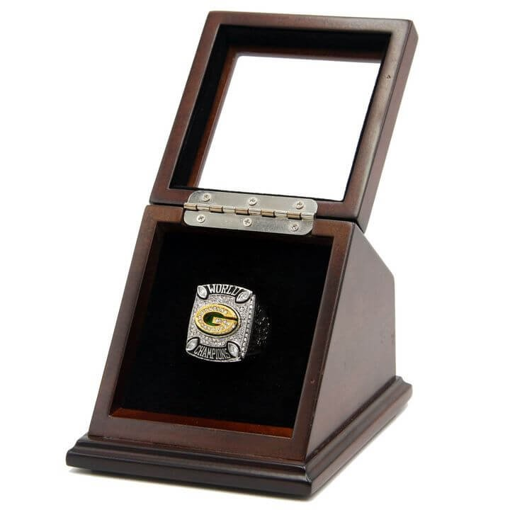 Green Bay Packers 2010 SB XLV Replica Championship Rings with Wooden display Case