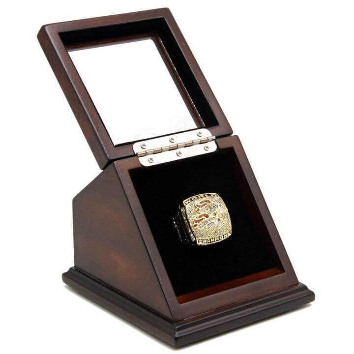 Denver Broncos 1998 SB XXXIII Replica Championship Ring Size 11 with wooden display Case