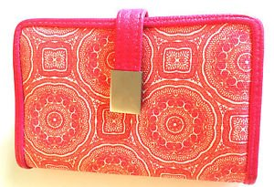 Hato Hasi Pink & White Geometric Patterned Coin Clutch & Wallet - Pretty! EUC!