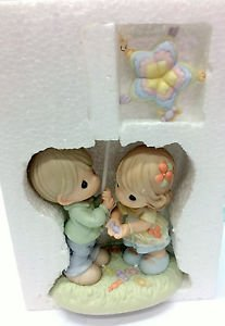Precious Moments Figurine - 630017 May Sweetness And Love Shower Down On You NIB