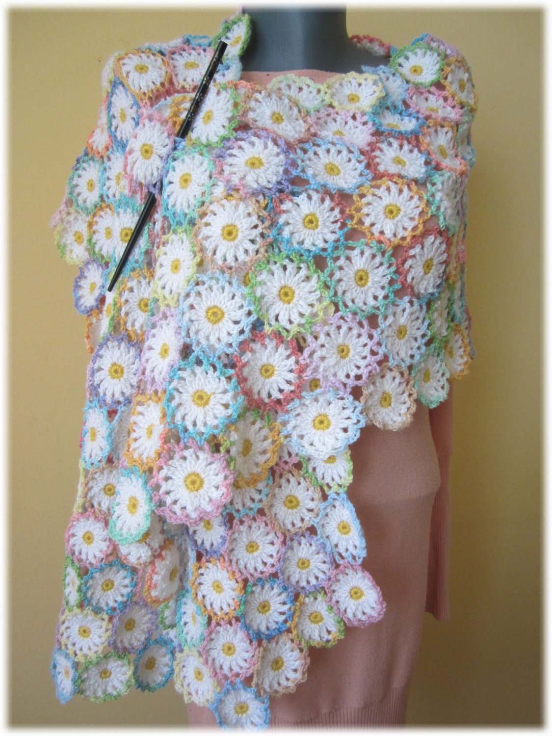 Daisies crochet shawl Lace crochet wrap