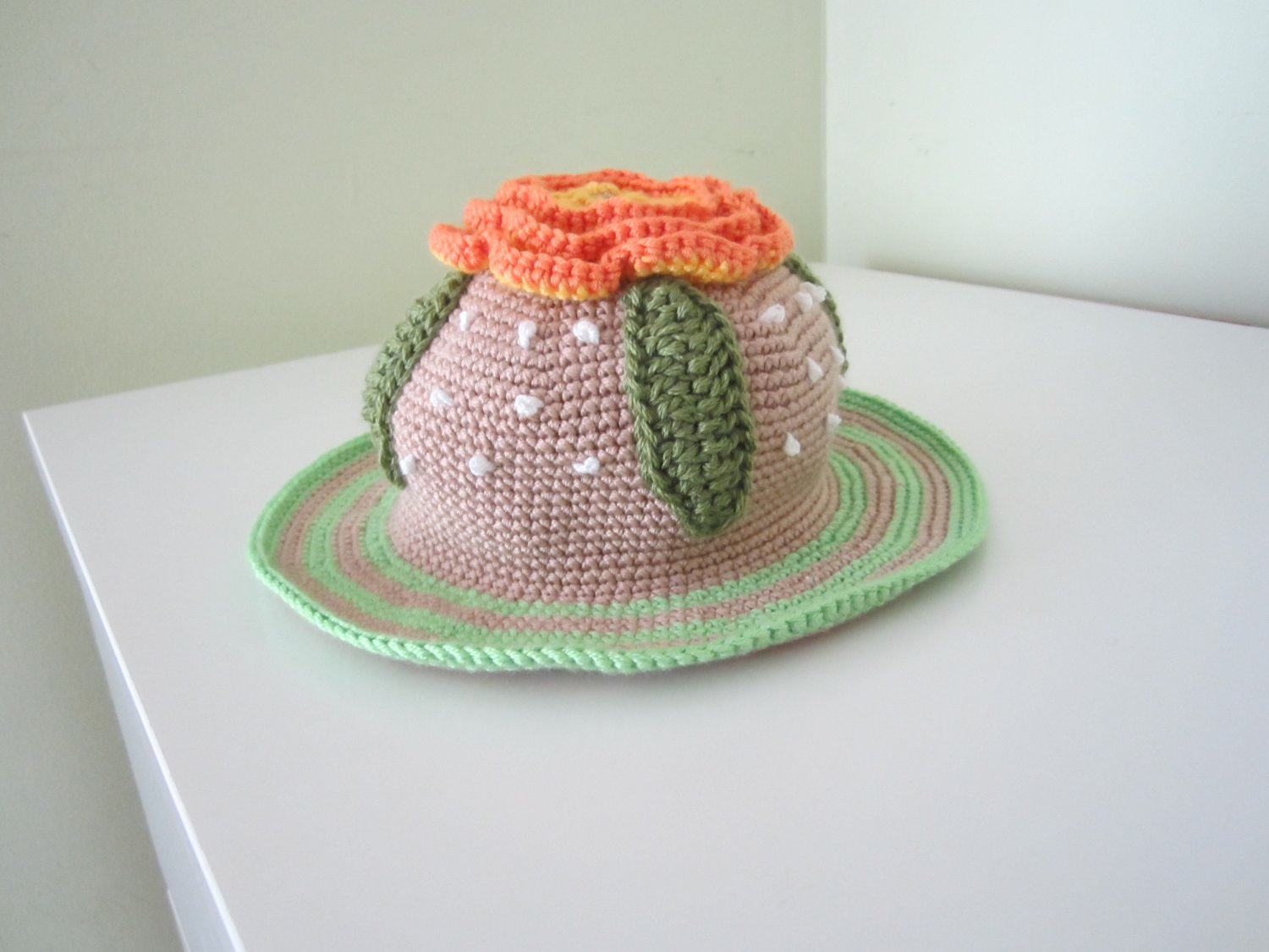Crochet girl flowerl hat