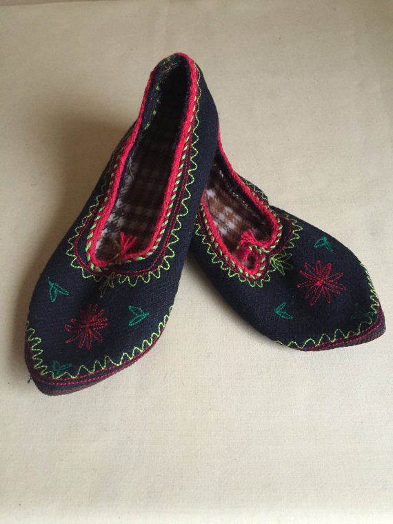 Vintage Native Bulgarian Rhodope Slippers