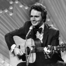COUNTRY MUSIC LEGEND MERLE HAGGARD - 8X10 PUBLICITY PHOTO (ZY-101)