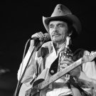 COUNTRY MUSIC LEGEND MERLE HAGGARD - 8X10 PUBLICITY PHOTO (ZY-108)