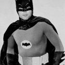 ADAM WEST IN 'BATMAN' - 8X10 PUBLICITY PHOTO (ZZ-207)