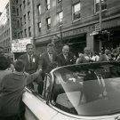 SENATOR JOHN F. KENNEDY CAMPAIGNS IN WASHINGTON STATE 1960 - 8X10 PHOTO (AA-425)