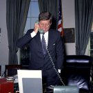 PRES JOHN F. KENNEDY ON PHONE WITH NASA ASTRONAUT JOHN GLENN 8X10 PHOTO (BB-517)