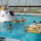 APOLLO 1 CREW PRACTICES WATER EGRESS PROCEDURES - 8X10 NASA PHOTO (EP-524)