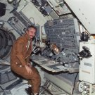 SCIENTIST-ASTRONAUT OWEN GARRIOTT DURING SKYLAB 3 - 8X10 NASA PHOTO (AA-020)