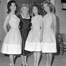 PARTIAL CAST FROM 'PETTICOAT JUNCTION' WITH SHARON TATE - 8X10 PHOTO (DA-575)