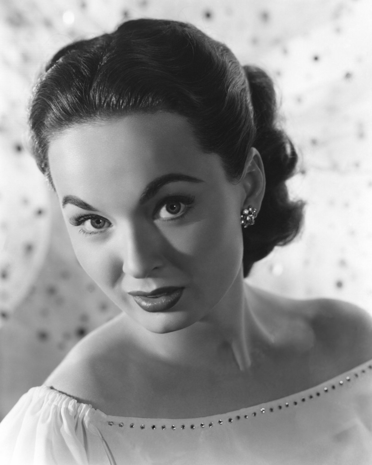 FILM ACTRESS ANN BLYTH - 8X10 PUBLICITY PHOTO (EE-036)
