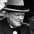 BRITISH PRIME MINISTER WINSTON CHURCHILL - 8X10 PHOTO (EP-686)