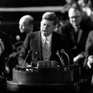 PRESIDENT JOHN F. KENNEDY INAUGURATION SPEECH JAN 20 1961 - 8X10 PHOTO (AA-208)