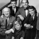 CAST OF 'MY THREE SONS' 1962 SEASON PREMIER - 8X10 PUBLICITY PHOTO (ZZ-406)