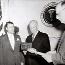 PRESIDENT DWIGHT D. EISENHOWER PRESENTS AWARD TO WERNHER VON BRAUN - 8X10 PHOTO (EP-088)