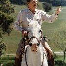 "PRESIDENT RONALD REAGAN RIDES HIS HORSE ""EL ALAMEIN"" - 8X10 PHOTO (EP-805)"