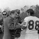 PRESIDENT RICHARD NIXON WITH WASH REDSKINS QB BILLY KIMBER - 8X10 PHOTO (AA-029)