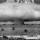 1946 BAKER EXPLOSION NUCLEAR WEAPON TEST AT BIKINI ATOLL - 8X10 PHOTO (BB-654)