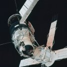 PICTURES OF SKYLAB TAKEN DURING RENDEZVOUS ON SKYLAB 3 8X10 NASA PHOTO (AA-087)