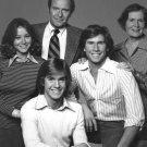 THE CAST OF THE ABC TV SHOW 'THE HARDY BOYS' - 8X10 PUBLICITY PHOTO (DA-653)