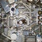 ASTRONAUTS ED GIBSON & GERALD CARR IN SKYLAB MODULE - 8X10 NASA PHOTO (AA-093)