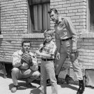 KEN BERRY AND ANDY GRIFFITH IN 'MAYBERRY RFD' - 8X10 PUBLICITY PHOTO (DA-693)