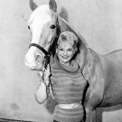 "ACTRESS CONNIE HINES & ""MISTER ED"" IN 'MISTER ED' 8X10 PUBLICITY PHOTO (ZY-114)"