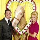 "ALAN YOUNG, CONNIE HINES AND ""MISTER ED"" - 8X10 PUBLICITY PHOTO (ZY-124)"