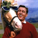 "ALAN YOUNG AND ""MISTER ED"" IN CBS 'MISTER ED' - 8X10 PUBLICITY PHOTO (ZY-128)"