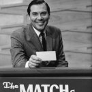 GAME SHOW EMCEE GENE RAYBURN ON 'THE MATCH GAME' - 8X10 PUBLICITY PHOTO (AB-031)