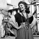 ACTRESS RITA HAYWORTH IN 'THE LOVES OF CARMEN' - 8X10 PUBLICITY PHOTO (NN-038)
