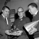 WERNHER VON BRAUN LOOKS AT PAYLOAD OF PIONEER IV SATELLITE - 8X10 PHOTO (BB-020)