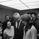 PRES LYNDON JOHNSON & LADY BIRD CONSOLE JACQUELINE KENNEDY - 8X10 PHOTO (BB-808)