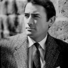ACTOR GREGORY PECK - 8X10 PUBLICITY PHOTO (ZZ-432)