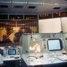 VIEW OF GEMINI 5 TRACKING MAP IN RECOVERY OPERATIONS ROOM - 8X10 PHOTO (AA-420)