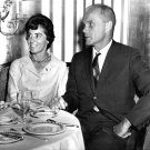 ASTRONAUT JOHN GLENN AND WIFE ANNIE @ WALDORF-ASTORIA 1962 - 8X10 PHOTO (AA-919)
