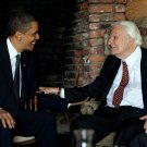 PRESIDENT BARACK OBAMA MEETS WITH REV. BILLY GRAHAM IN NC - 8X10 PHOTO (BB-135)
