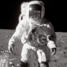 APOLLO 12 ASTRONAUT ALAN BEAN ON THE MOON SURFACE - 8X10 NASA PHOTO (EP-267)