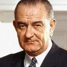 LYNDON B. JOHNSON - 36TH PRESIDENT OF THE UNITED STATES - 8X10 PHOTO (EP-877)