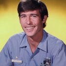 RANDOLPH MANTOOTH AS JOHNNY GAGE IN 'EMERGENCY' - 8X10 PUBLICITY PHOTO (DA-480)