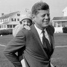 PRESIDENT-ELECT JOHN F. KENNEDY w/ DAUGHTER CAROLINE IN 1960 - 8X10 PHOTO (BB-857)