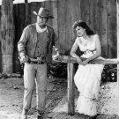 JOHN WAYNE & MAUREEN O'HARA IN 'McLINTOCK!' - 8X10 RARE PUBLICITY PHOTO (ZY-071)