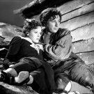 MAUREEN O'HARA & CHARLES LAUGHTON IN 'JAMAICA INN' 8X10 PUBLICITY PHOTO (ZY-085)