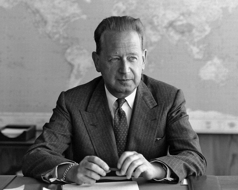 DAG HAMMARSKJOLD UNITED NATIONS SECRETARY GENERAL - 8X10 PHOTO (DA-214)