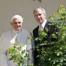 PRESIDENT GEORGE W. BUSH w/ POPE BENEDICT XVI @ WHITE HOUSE 8X10 PHOTO (BB-875)
