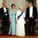 PRESIDENT GEORGE W. BUSH w/ QUEEN ELIZABETH FOR STATE DINNER 8X10 PHOTO (BB-887)