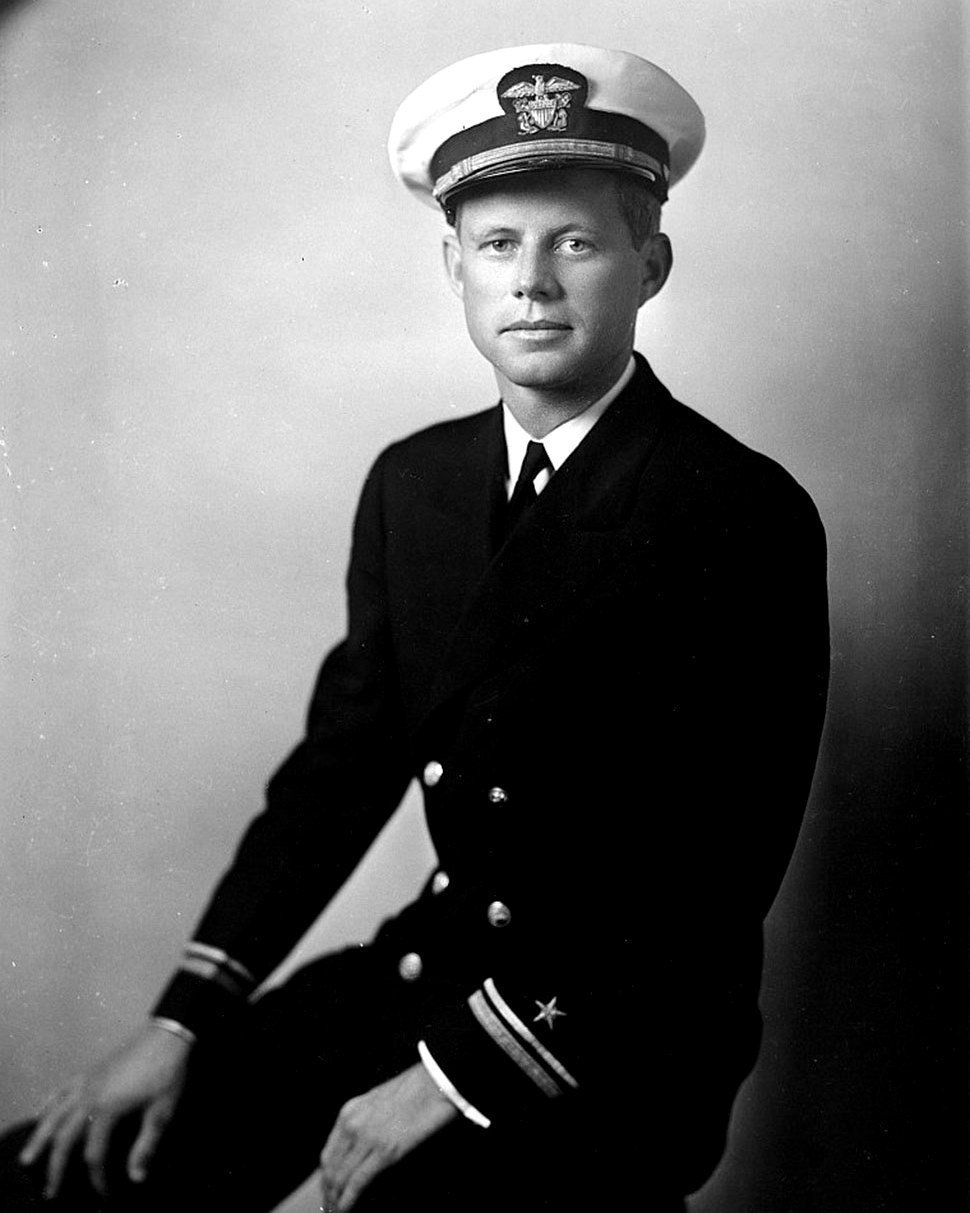 JOHN F. KENNEDY, LIEUTENANT, JUNIOR GRADE IN 1942 - 8X10 PHOTO (CC-015)