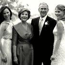 PRESIDENT GEORGE W. BUSH w/ LAURA & DAUGHTERS PRE-WEDDING - 8X10 PHOTO (BB-901)
