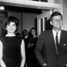 PRESIDENT JOHN F. KENNEDY AND FIRST LADY JACQUELINE KENNEDY 8X10 PHOTO (ZZ-278)